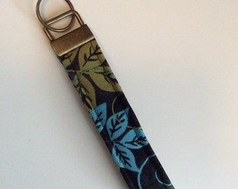 Key Fob / Key Chain / Wristlet / Leaves