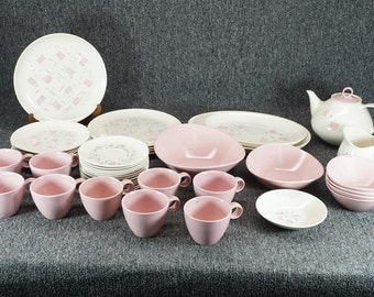 "Vintage Vernonware Metlox ""Tickled Pink"" Pattern Dinnerware Set 46 Pieces"