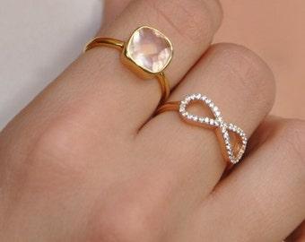 Rose Quartz Ring - Cushion Cut Ring - Bezel Ring - Gold Ring - Silver Ring - Gemstone Ring