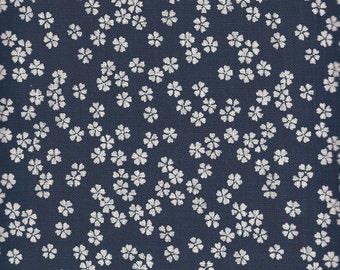 Indigo small flower - Sevenberry fabric Fat Quarters 100% cotton quilting dressmaking UK shop linen look