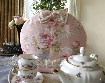 Charming and romantic shabby chic tea cosy with roses