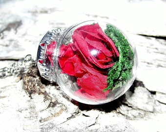 Nostalgic necklace rose flowers leaves glass ball