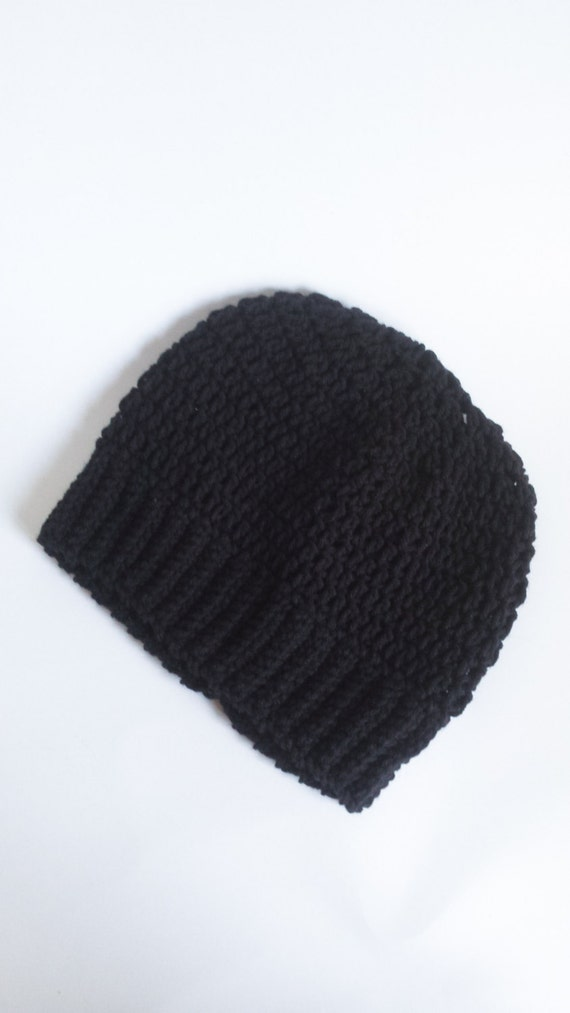 Crochet Winter Hat / Kids Size 3-5 Years / Winter Hats for Kids / Black Slouchy Hipster Beanie / Christmas Gift Ideas / Beanies for Kids