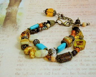 Mixed rich tones for a special double strand bracelet
