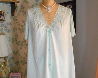 Vanity Fair 1960's Mint Green Nylon Pajamas/Lingerie