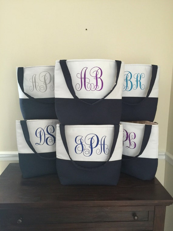 Set of  10 Monogrammed Tote Bag - Bridesmaid Tote Bag - Bridesmaid Bags - Personalized Tote Bags - Bridal Bags - Custom Tote Bags