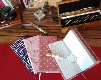 SALE- 50% off-Fabric covered slim pocket size 2017 diary-Note : diary goes up to 16th February 2018-agenda-silk- cotton print