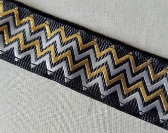 Metallic Gold and Silver Chevron, New Years Non Slip headband, No Slip Headband, Chevron, Shiny headband, Running, Swanky Bands