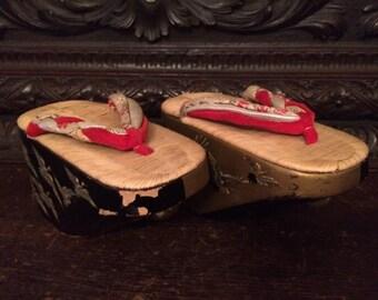 Vintage Japanese Maiko Traditional Lacquered Shoes Pokkuri Circa 1930