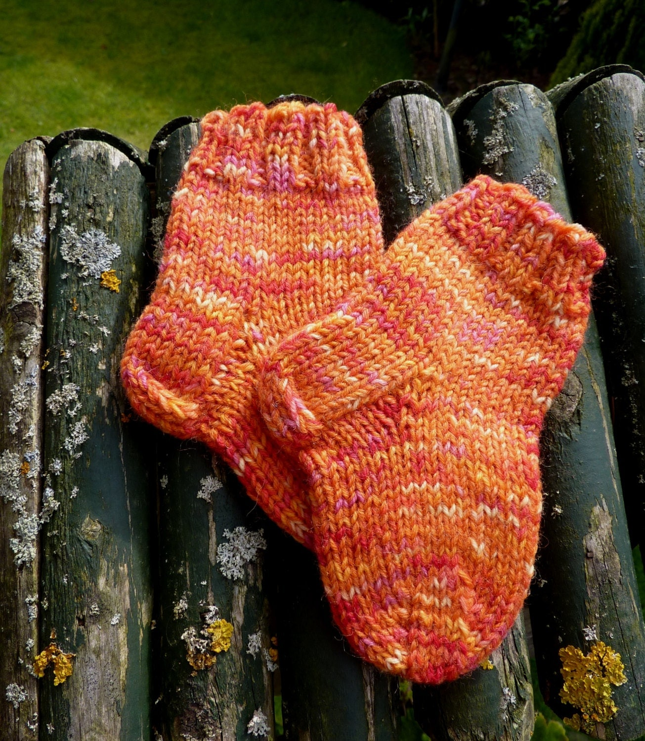 Cute hand knitted baby socks real socks baby red baby socks