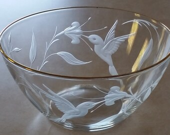 Hummingbird Bowl  - Hummingbird Decor - Glass Hummingbird - Engraved Bowl - Glass Bowl - Bird Bowl - Hand Engraved - Wedding - Anniversary