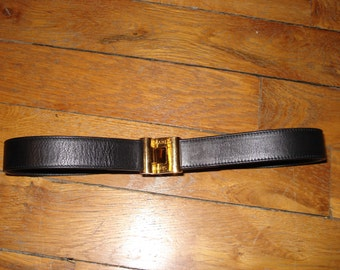 Belt Chanel black leather and Golden buckle