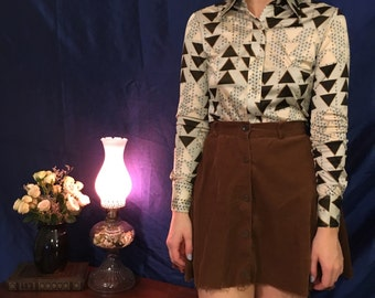Vintage triangle collared shirt