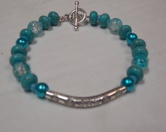 Beaded hand made bracelet,one of a kind, w/Turquoise
