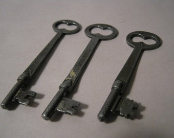 Vintage Skeleton Keys 3 Rustic Old Hardware
