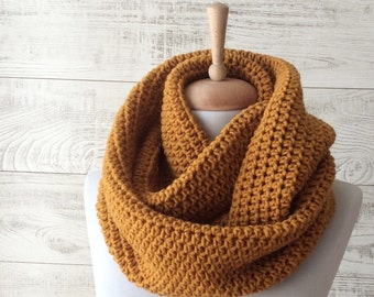 Scarf, infinity scarf, knit scarf, knit cowl,  circle scarf, chunky scarf Many Colors FAST DELIVERY