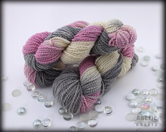 Haunted heart Iris,Hand dyed chunky Thick & Thin yarn 140 yards
