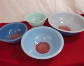Pyrex Moody Blue Nesting Bowls - 322, 323, 325, 326 - Clear Bottom