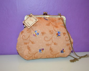 fabric bag with kiss clasp