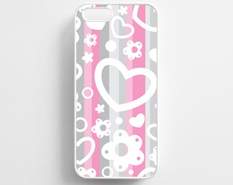 Love Heart Striped Pattern. iPhone 4/4s, iPhone 5/5s, iPhone 5c, iPhone 6, iPhone 6 Plus Case Cover 056