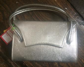 """SALE WAS 18 Bag. Silver 1950s Vintage  Handbag 8""""x5""""x2"""" Handles  15"""""""