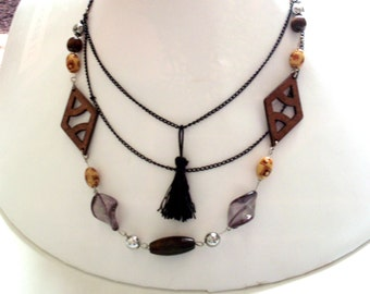 Bohemian necklace, black and wood