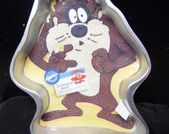 Taz from Looney Tunes cake pan by Wilton