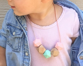 Toddler Teething Necklace Toddler Jewelry Teether Necklace Wood Necklace Wooden Necklace Toddler Necklace
