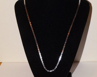 """VGE Gorgeous 24.5"""" Sterling Chain."""