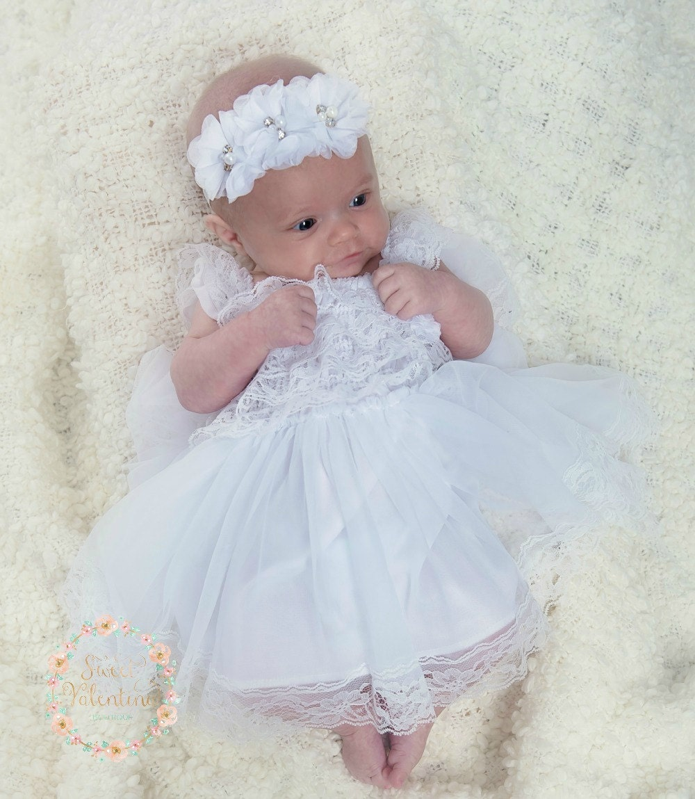 From dashing suits for boys to charming dresses for girls, these baby dress clothes make finding the right look for your event is simple. Baby girls' holiday dresses feature versatile styles that are great for summer, but can easily be layered with cute matching sweaters, hats and toddler dress shoes for formal events throughout the year.