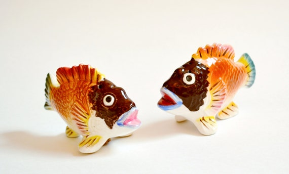 Vintage fish salt and pepper shakers colorful bug eyed fish Colorful salt and pepper shakers
