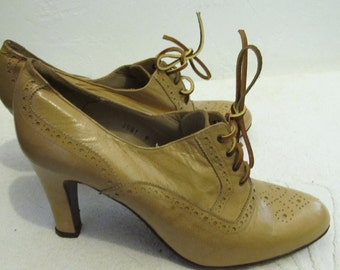 Women's Vintage 80's,Light Brown,Hi HEEL WING TIP Type Shoes By Ivory.9