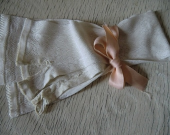White Vintage delicate ladies leg warmers gloves shabby chic ~ only to the boudoir decoration