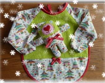Christmas gift idea or birth. Bib and blanket.