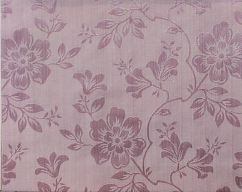 Large Flower Pattern Fabric in Lilac Purple Color