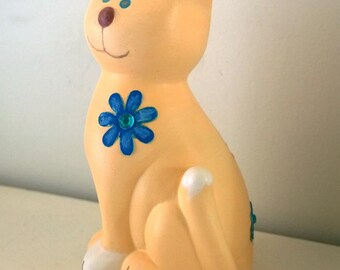 Peach & White Cat-Ceramic Money box with Gem/flower detail