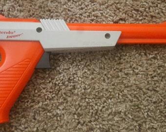 NES Zapper Gun.  Nintendo Zapper Gun Controller