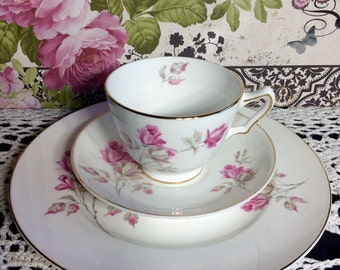 Shabby Chic Cottage Style Vintage Fine Bone China Crown Staffordshire England Est 1801 Tea Cup Set Pink Roses Cup Saucer Plate Romantic