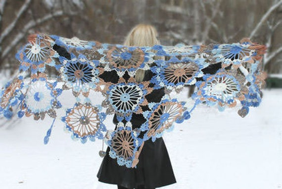 Flower Lace Shawl Crochet Pattern Favecrafts : crochet shawl patterndetailed tutorialcrochet by ...