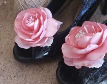 Blush Pink Flower Shoe Clips,Fabric Flower shoe clips,Wedding Shoes clips,Bride Shoes clips, Bridesmaid shoe clip,Girl Woman Rose shoe clip