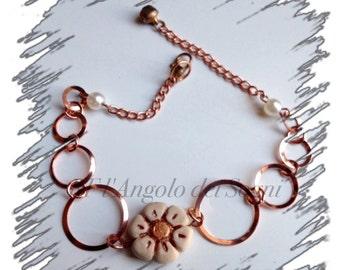 Flowerheart bracelet  / Gift for her / Valentine / Elegant and simple / Handmade / Small bijoux