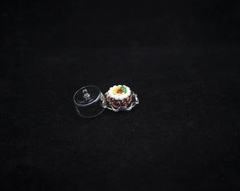 1:12 cakes glass spotlight