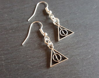 Harry Potter, Deathly Hallows earrings
