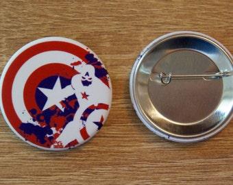 """Badge / Pin """"CAPTAIN AMERICA"""" - AVENGERS / Captain America / Steve Rogers / Chris Evans"""