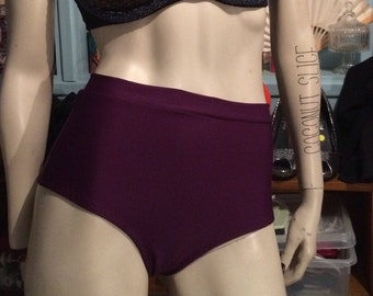 Grid Ritchie Couture, high waisted Pole shorts, Pole Swag, Pole fitness shorts, Booty shorts, hot-pants, yoga pants, yoga shorts, shorts