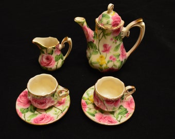 Vintage Victorian Rose Children's Minature Tea Set