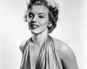 Marilyn Monroe Beautiful Hollywood Poster Art Photo Artwork 11x14 16x20 or 20x24