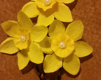 Yellow Buttercup Tulip Bobby Pins