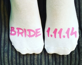 Bride wedding socks personalised with date- bride gift- wedding party- bridesmaid socks- bridesmaid gift- bridal party