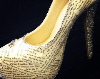 50 shades of grey high heels ~ gift for book lover ~ Mr Grey and Ana ~ literary fan shoes ~ christian grey gift for women ~ platform shoes